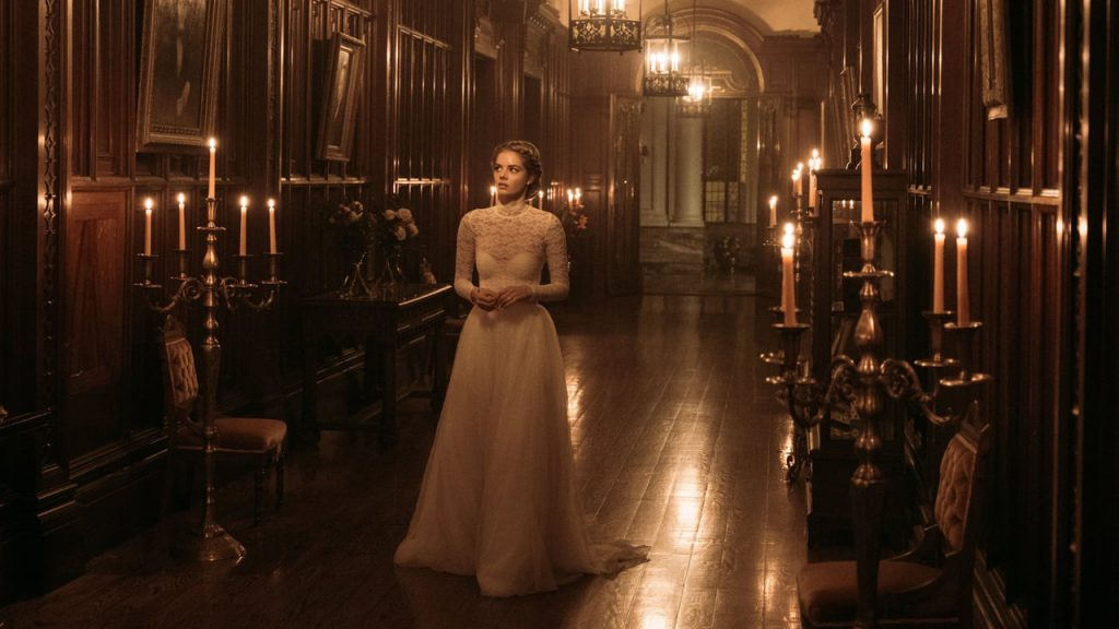 Grace wanders the halls of the Le Domas estate in 'Ready or Not' (Courtesy: Fox Searchlight)