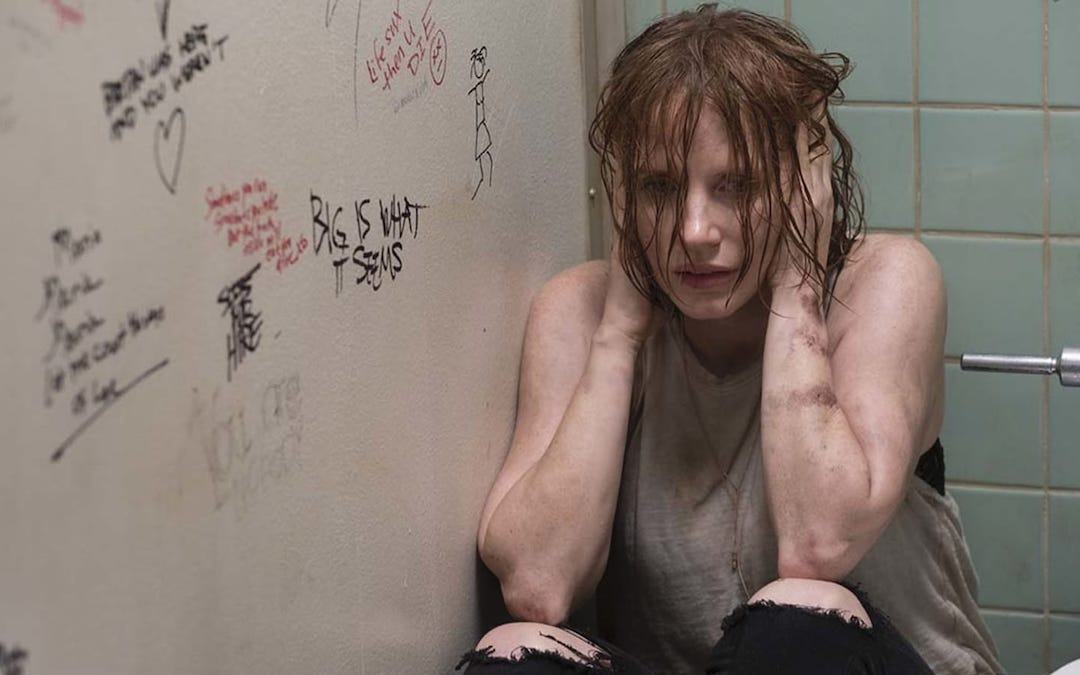 Jessica Chastain as adult Beverly Marsh in 'It Chapter Two' (Courtesy: Warner Bros.)