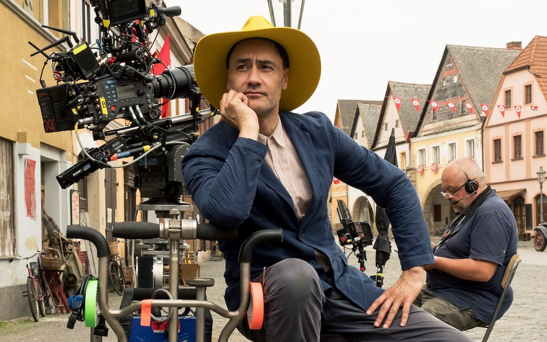 Taika Waititi behind the scenes of 'Jojo Rabbit' (Courtesy: Disney)