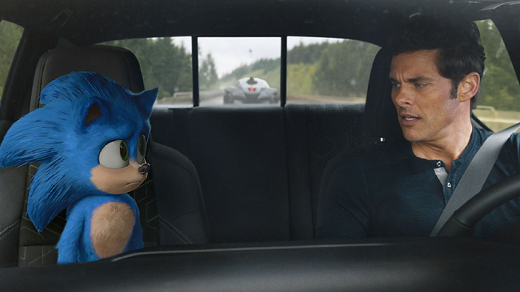 Eyes on the road, James Marsden! EYES on the ROAD! (Courtesy: Paramount)