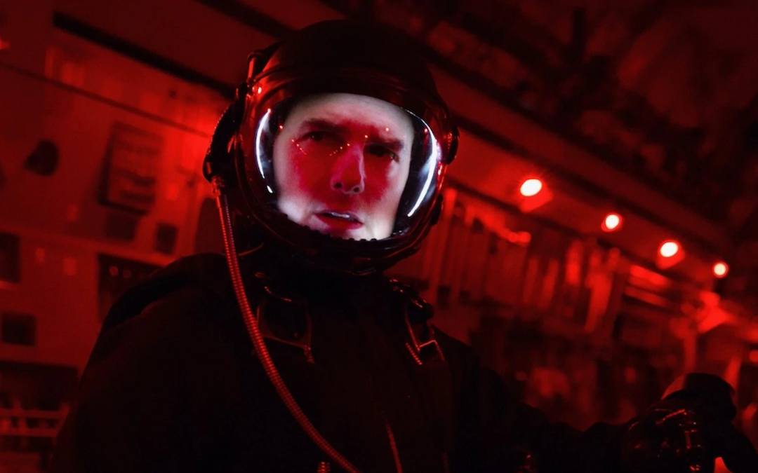 Doug Liman To Direct Tom Cruise's Movie Shot In Outer Space