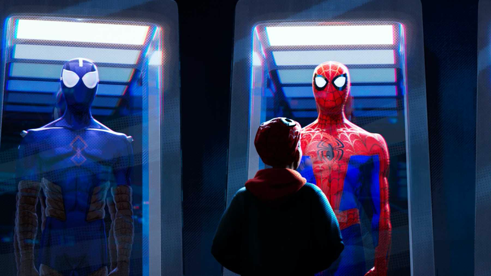 https://cdn.onebauer.media/one/empire-images/articles/5b61f30496688b3f3cc56972/spider-man-spider-verse.jpg?quality=50&width=1800&ratio=16-9&resizeStyle=aspectfill&format=jpg